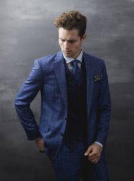blauw-geruit-kostuum-gilet-das-maatwerk