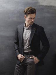 donkergrijs-herenkostuum-maatkleding