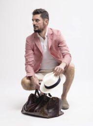 roze-colbert-korte-broek-polo-herenkleding